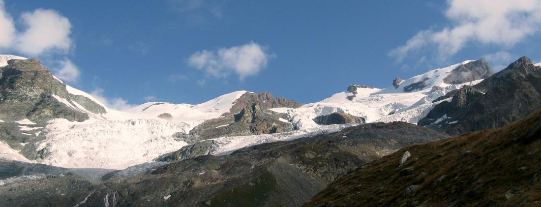 Colle del Breithorn, Occidentale, Centrale Gemello e Roccia Nera; ottima compagnia per la salita