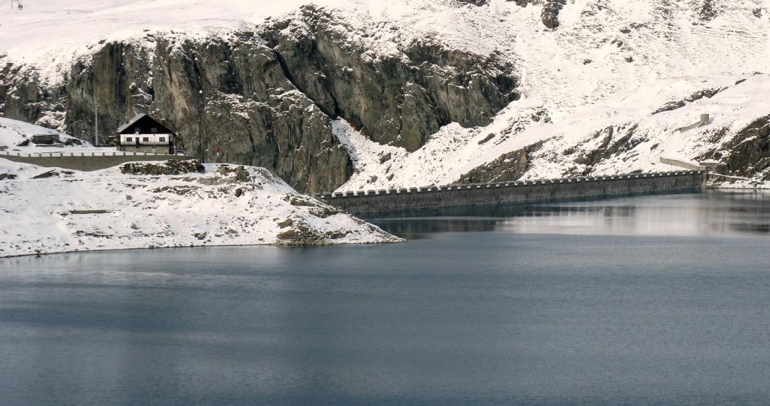 Lago del Goillet